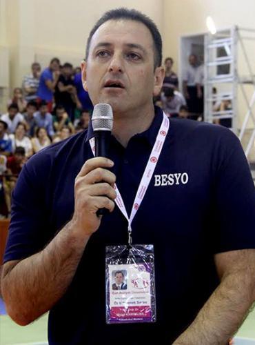 Dr. Murat Kangalgil